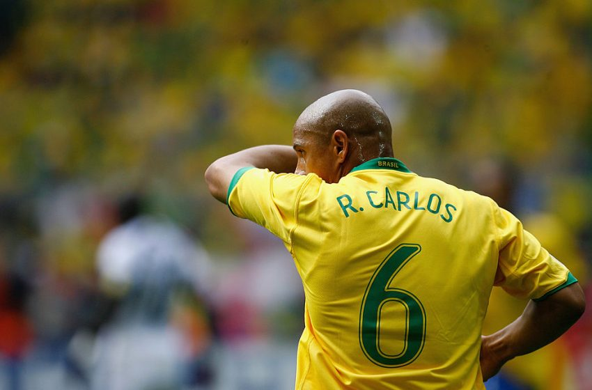 ประวัติ Roberto Carlos Da Silva Rocha