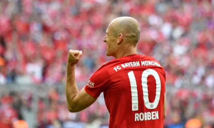 ประวัติ Arjen Robben