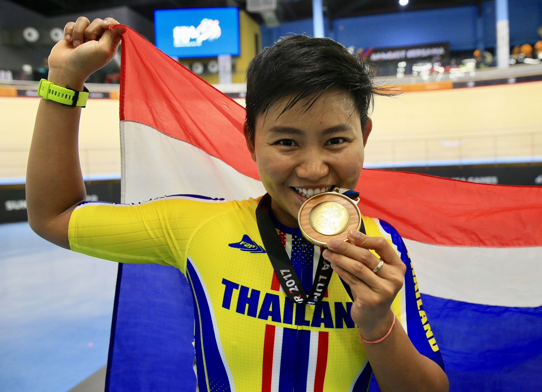 จุฑาธิป จุฑาธิป ประเดิมคว้าแชมป์ไทม์ไทรอัล สองล้อประเภทลู่ ชิงแชมป์ประเทศไทย